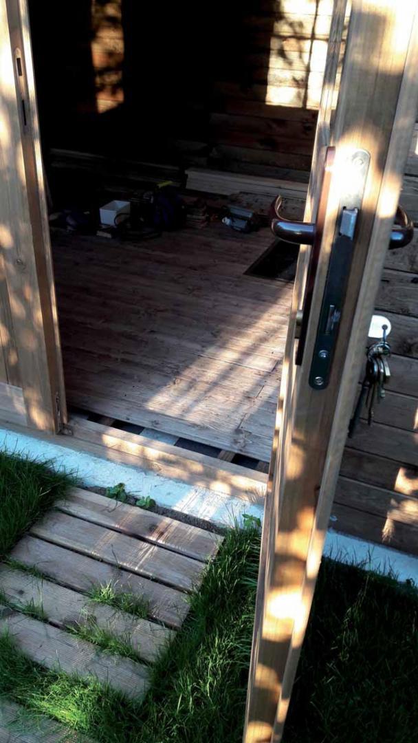 plancher pour abri de jardin en bois massif 12m trait et. Black Bedroom Furniture Sets. Home Design Ideas