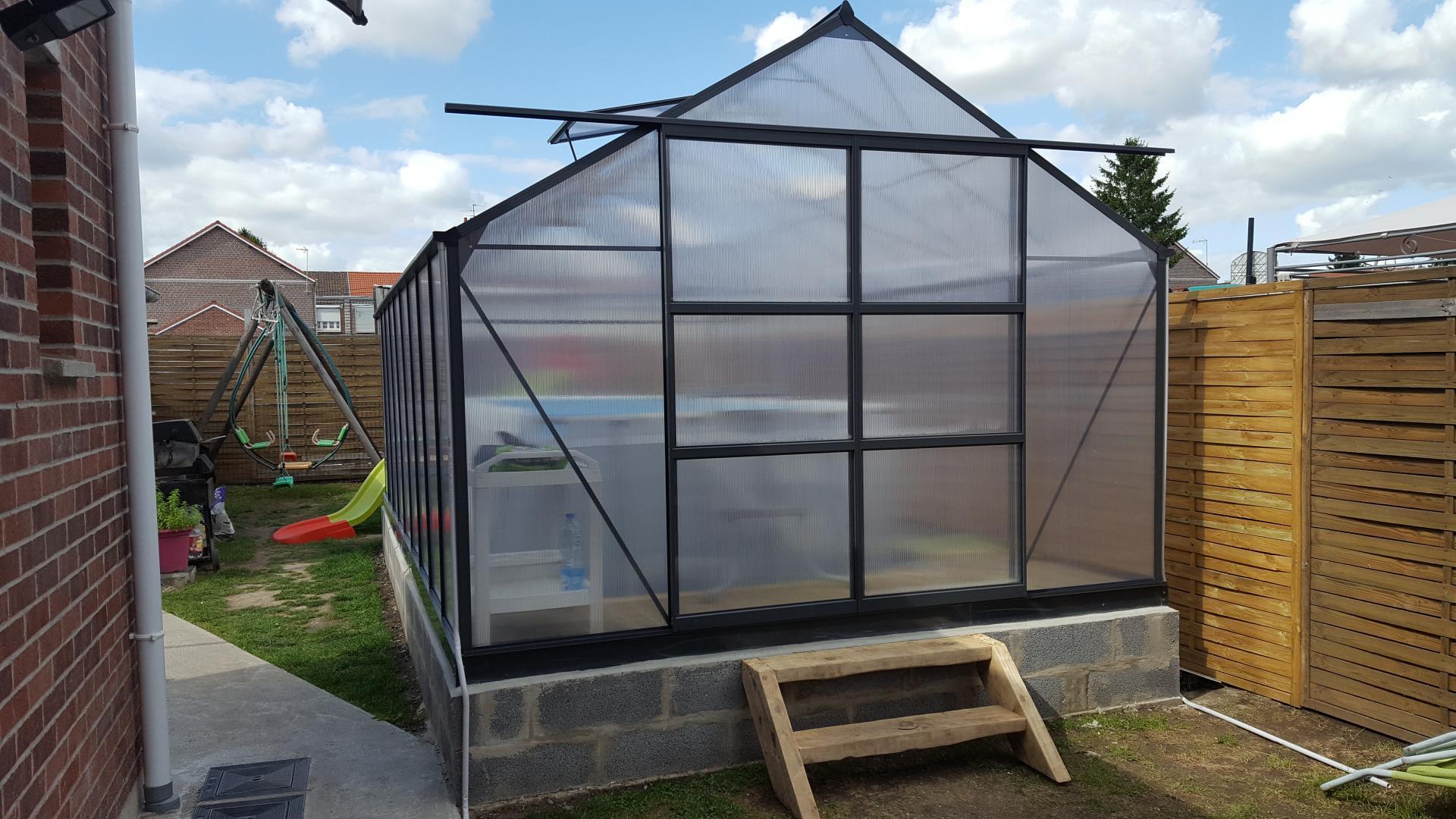serre de jardin 16 9m anthracite en polycarbonate 4mm. Black Bedroom Furniture Sets. Home Design Ideas