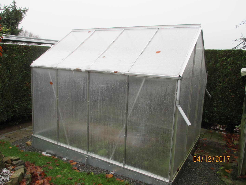 Serre de jardin 5m en polycarbonate 4mm popular halls for Serre de jardin adossee polycarbonate